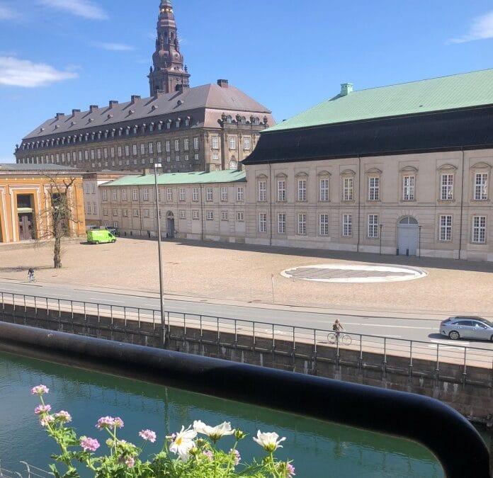 Centralt beliggende undervisningslokale til leje - smuk udsigt